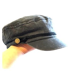 David & Young Cabbie hat. NWT  OS